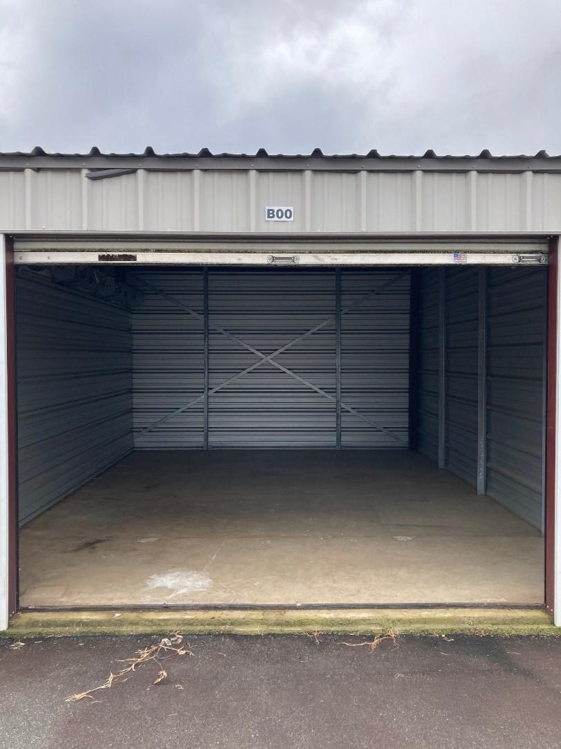 15 x 20 storage unit